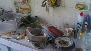 Bulaşıkları Yıkamadı Dayak Yedi